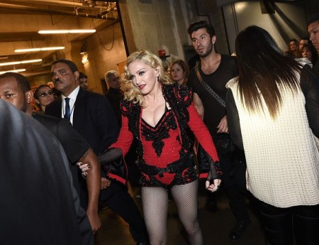 grammy-awards-backstage-01